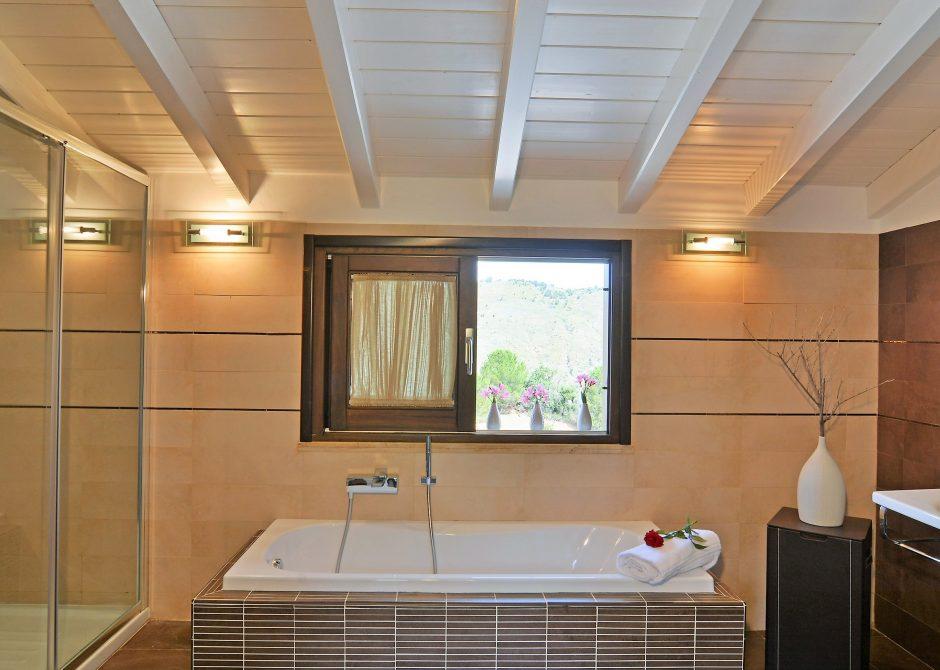 bathroom-villa-vittoria