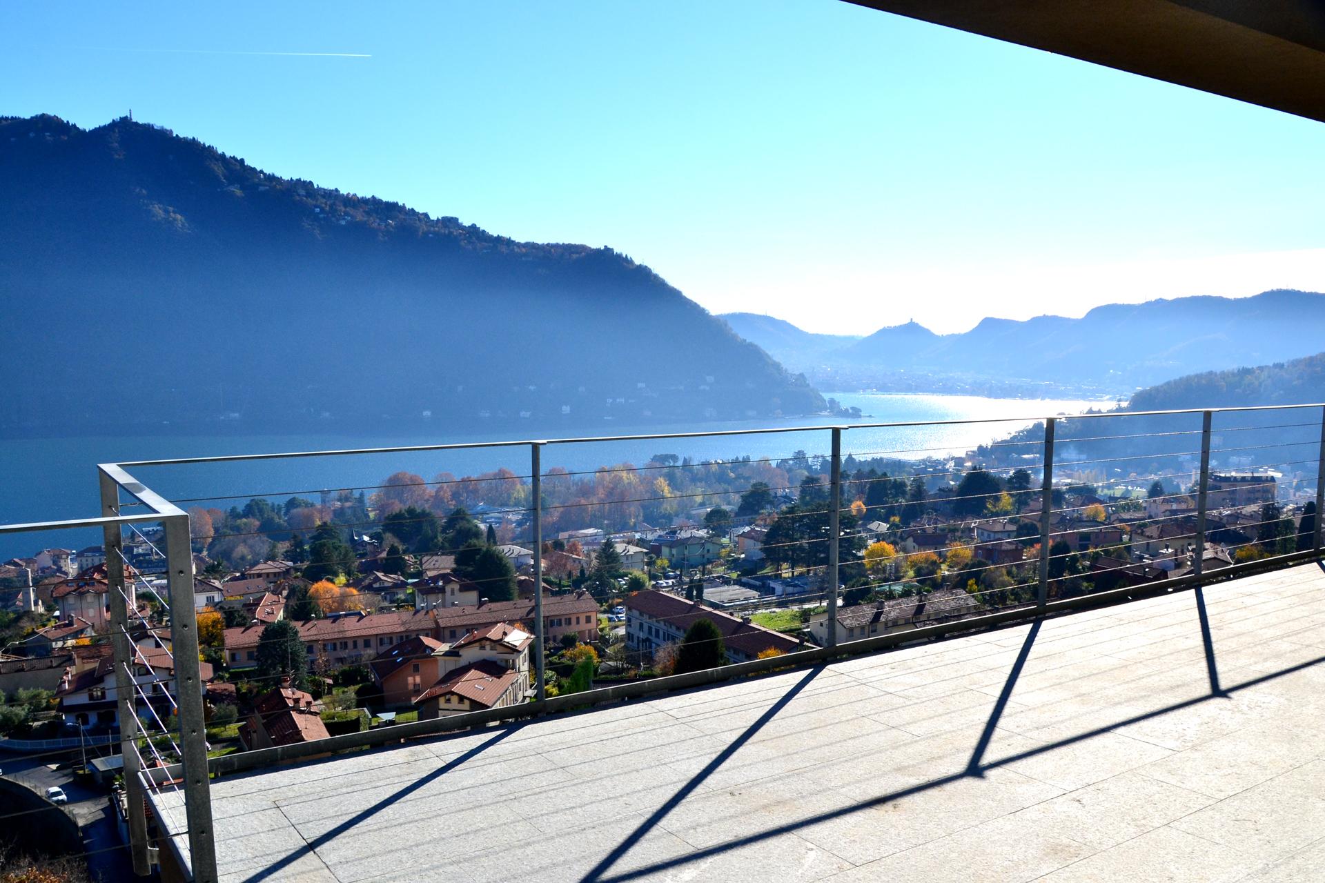 cernobbio-vista-balcone