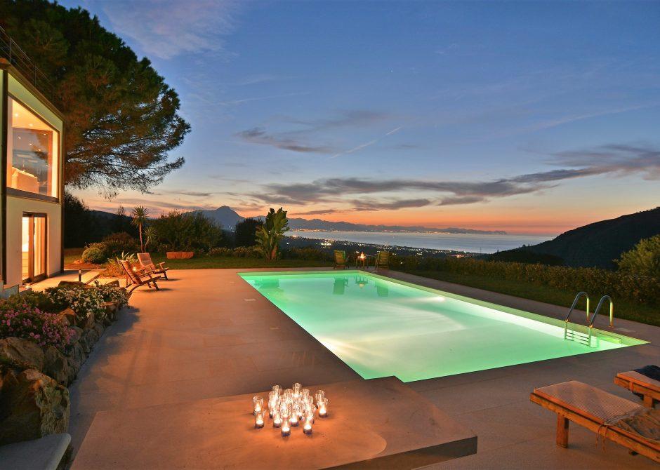 piscina-tramonto